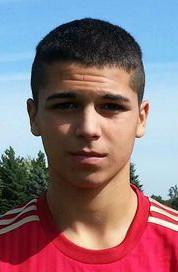 Spanish Foreign Exchange Student Alvaro Amigo Dominates On Soccer Field Adjusts To Living In U S