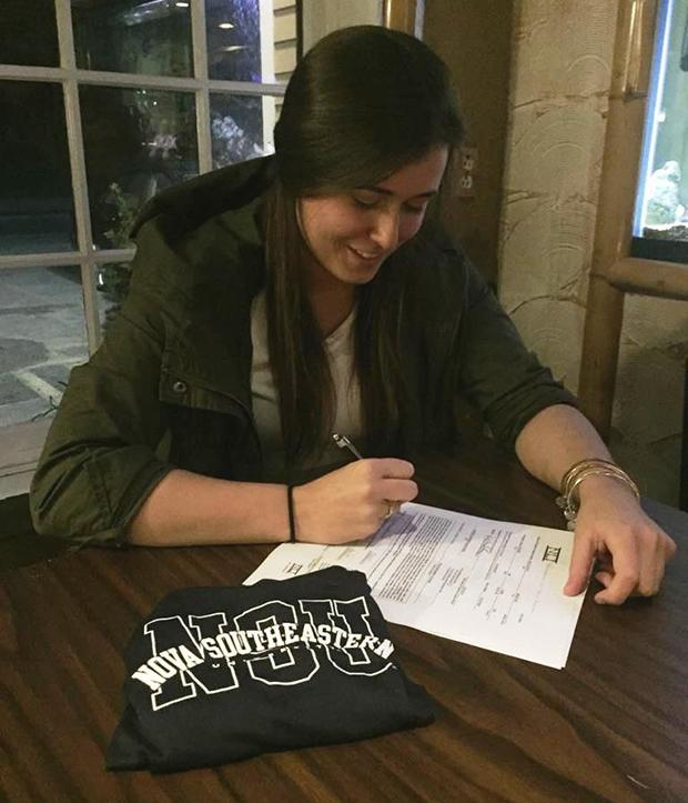 Northampton 39 s maddy mccloskey signs nli to swim at nova - Southeastern college pasay swimming pool ...