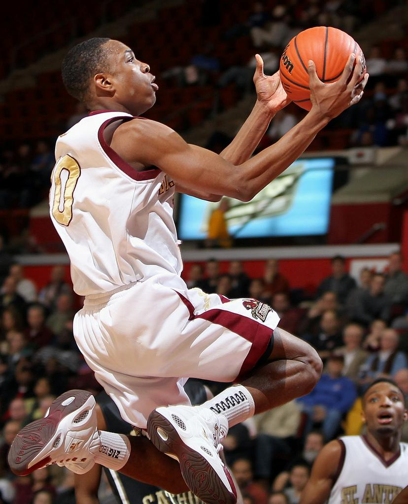 Boys Basketball: Tarin Smith of St. Anthony commits to ...