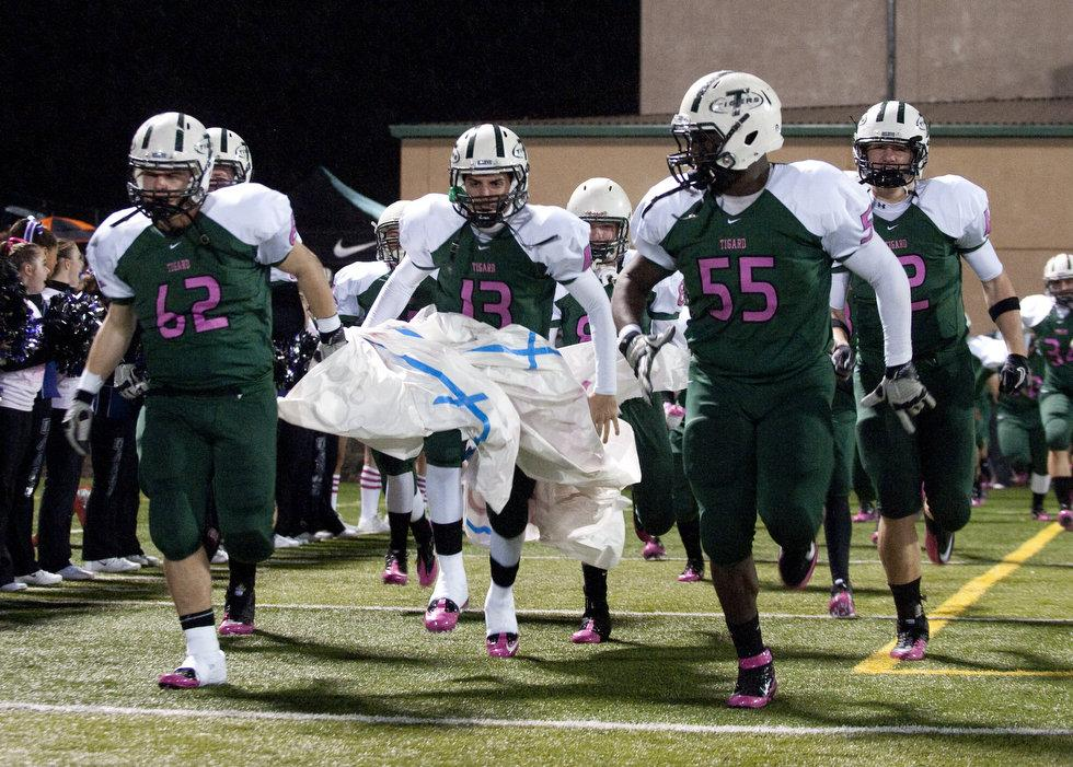 Tigard dons special-edition pink uniforms for Breast Cancer ... 74d8bf5aa