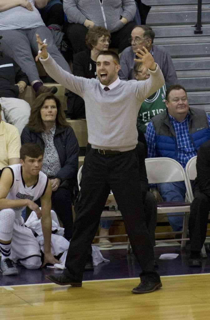 Irrigon boys basketball coach Mitch Thompson making most of short coaching career, begins with a ...