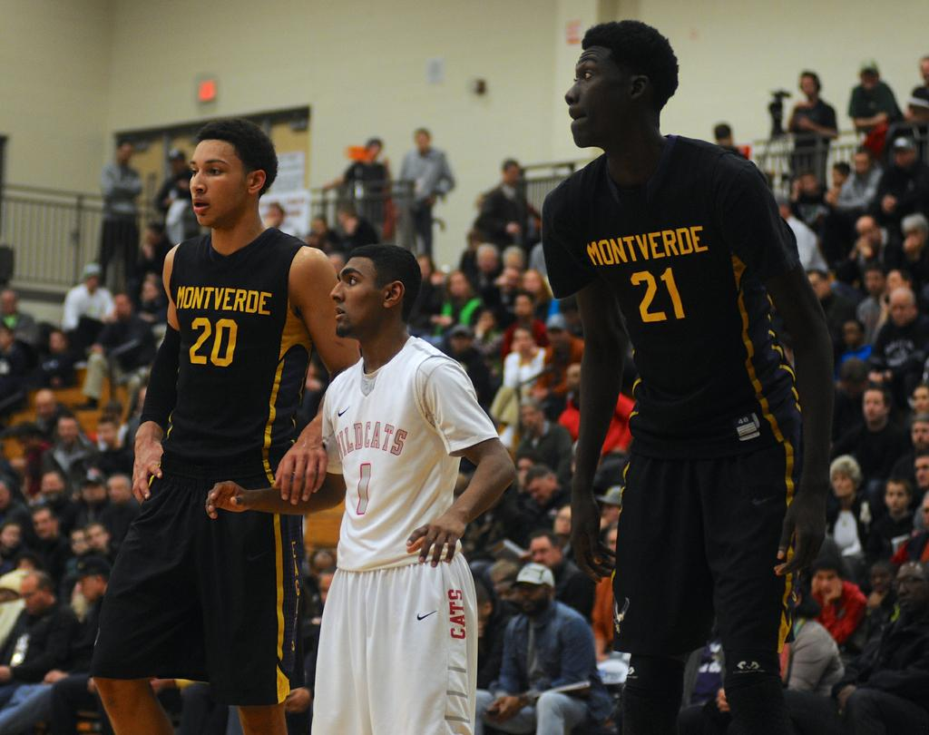 Westview boys basketball hopes it grows from Les Schwab ...