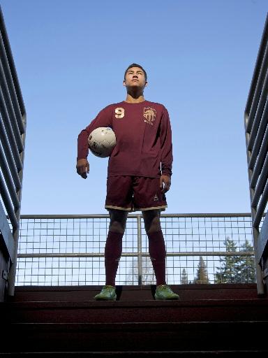 Dustin Corea y su posibilidad de jugar en la seleccion Sub21.  [Convocatoria, pero no podra jugar] Dustin-corea