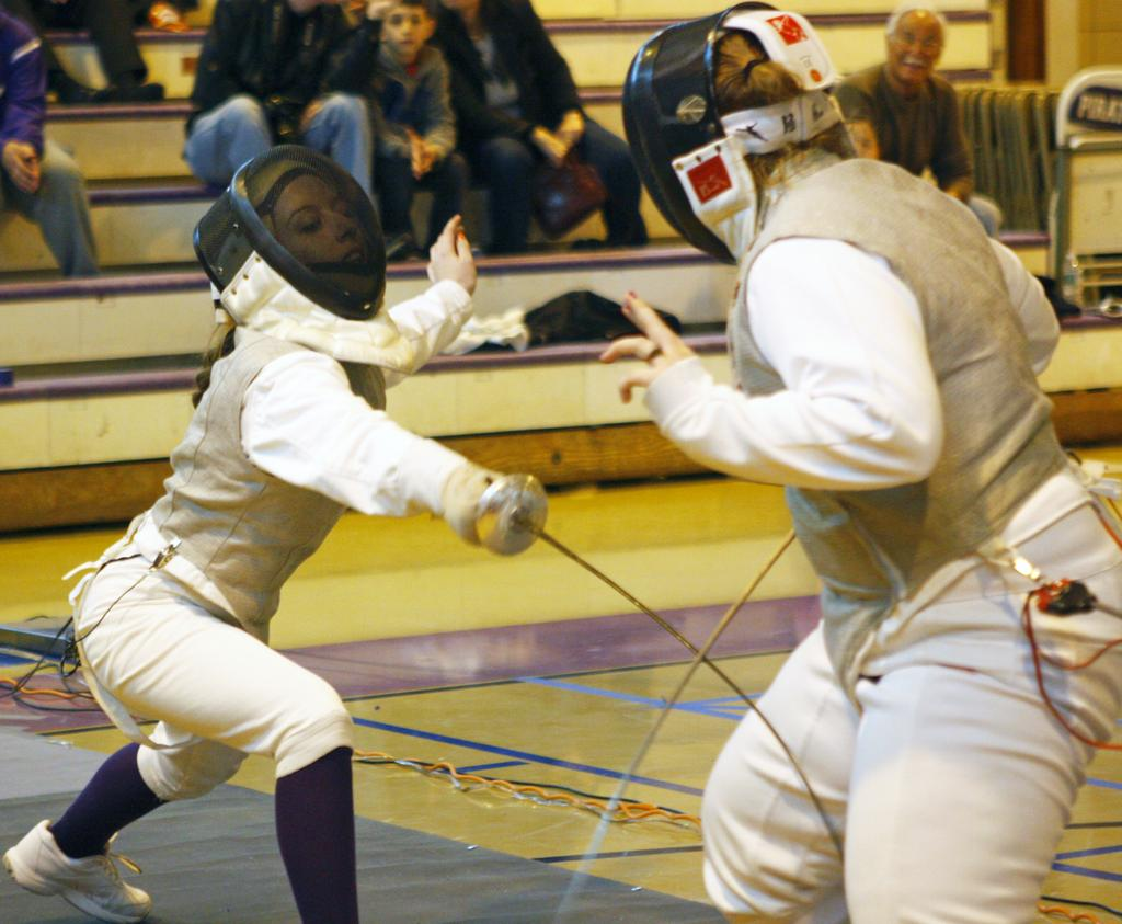 Tottenville Sweeps Mckee S I Tech In Girls Fencing