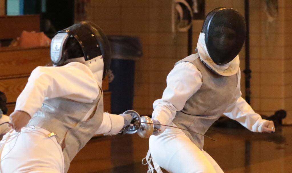 Mckee Staten Island Tech Fencing Team Downs Csi Mccown 90