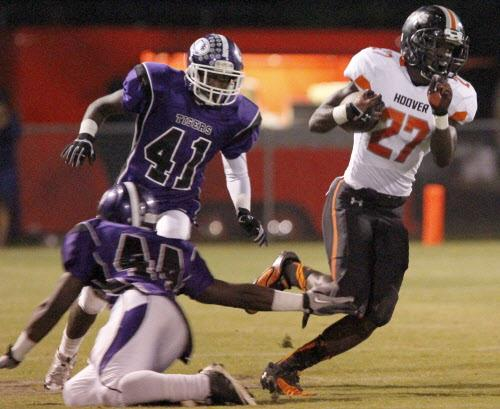 Football: Hutcheson, Shaw lead Hoover to blowout win over Minor, 41-9 (photos)