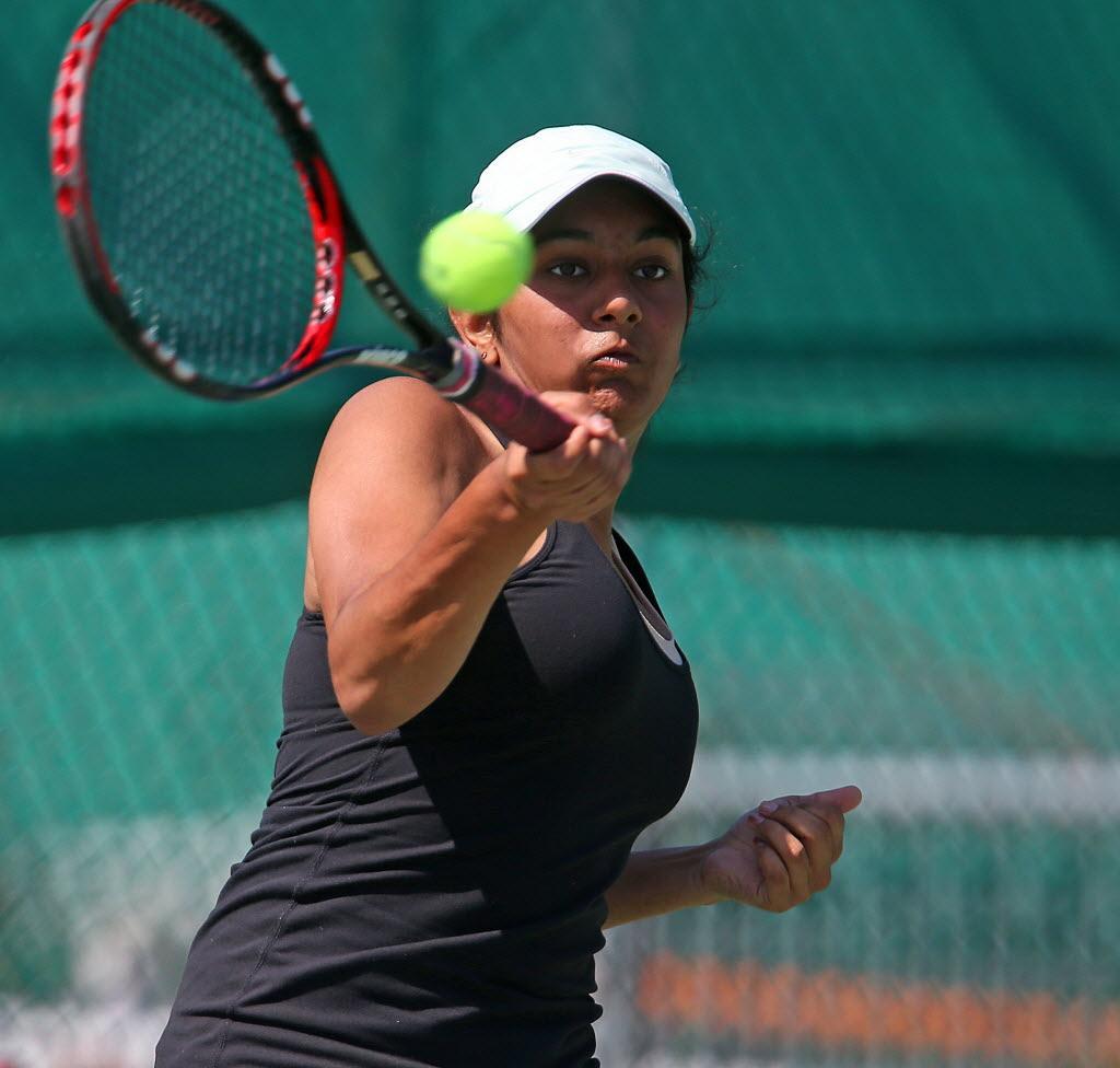 Press Register Elite Eight Girls Tennis Fairhope S Monica