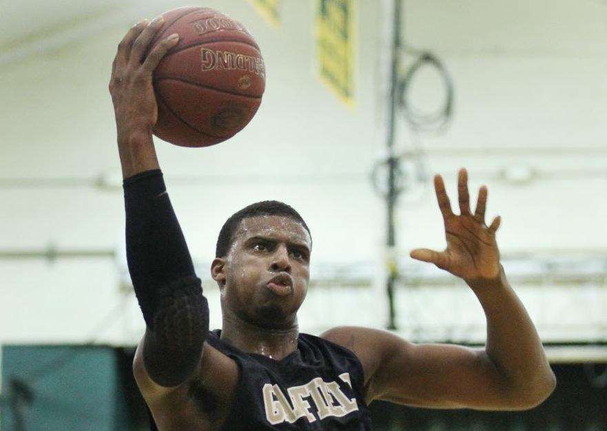 Former Garfield Heights basketball standout Tony Farmer signs with Lincoln College 2 months after being released from prison