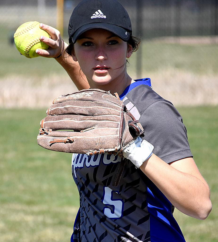 Madison Wyngarden continuing tradition of strong shortstop play for Hopkins softball