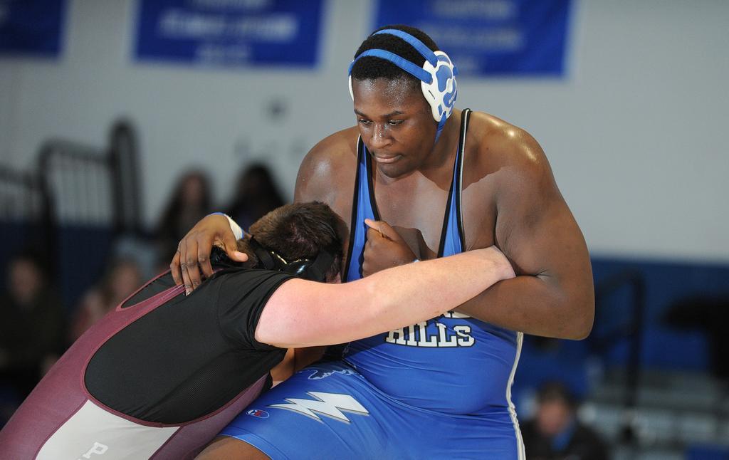 Ajayi making big strides on mat for Warren Hills