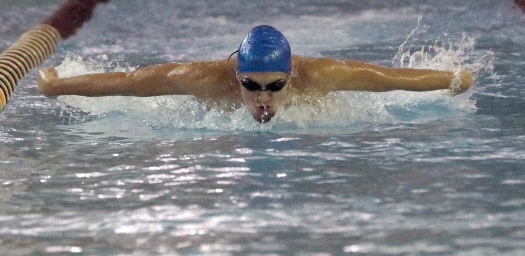 Susan wagner boys 39 swimming team falls in psal city championship for Stuyvesant high school swimming pool