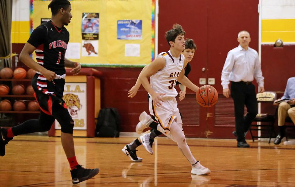 Staten Island Academy boys' basketball team survives NYSAIS quarterfinal contest