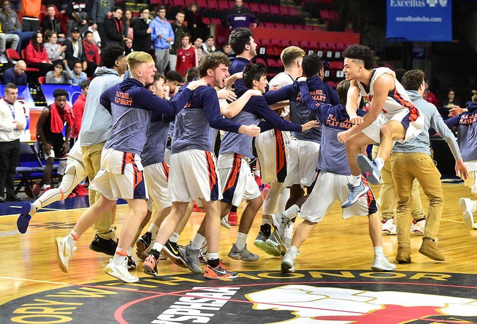 Liverpool boys, J-D girls basketball teams move on to Federation final fours this weekend