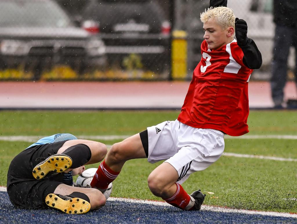Baldwinsville, Westhill look to bring home state soccer