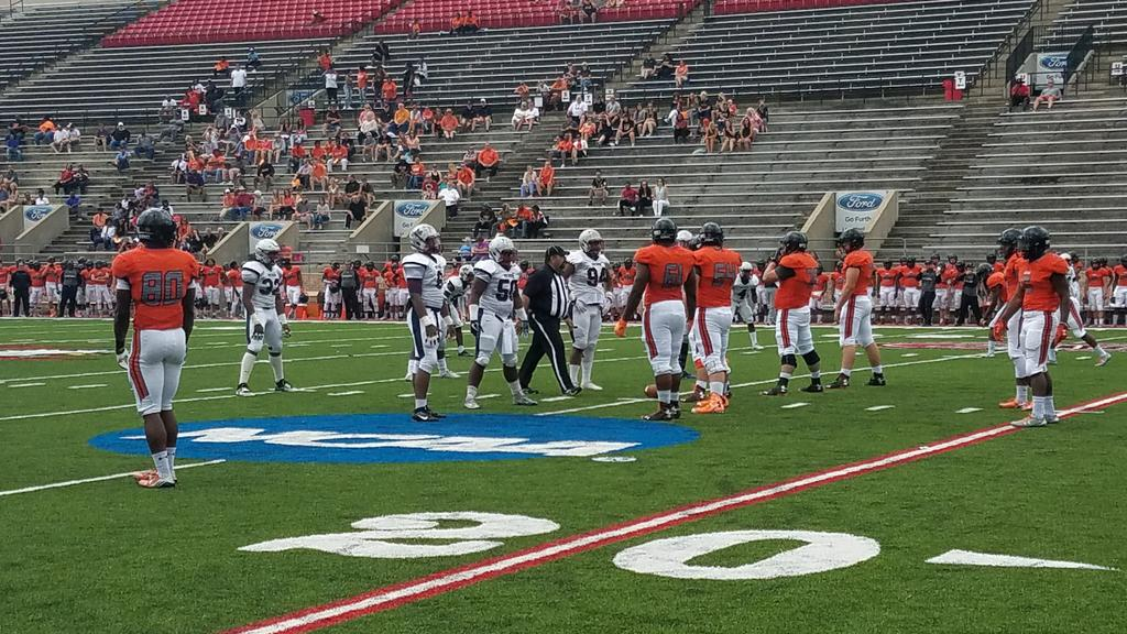 Larry McCammon's 2 TDs lead Hoover past Park Crossing, plus recruiting notes