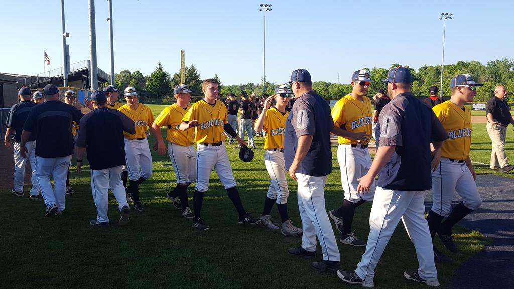 Tallmadge uses 11-run 3rd inning to crush Canfield, 17-0, keep repeat state title hopes alive